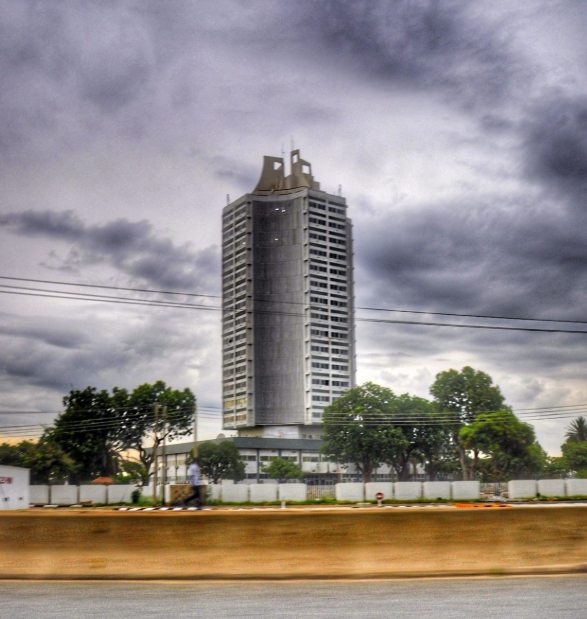 Building Obsession: Former Bank of the North, now Skyline University in Kano. Image Source: 9Mobile Photo Competition
