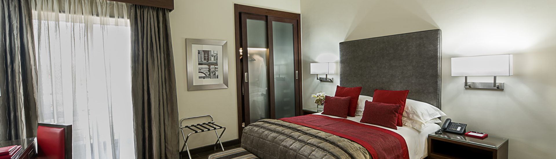 The George Hotel. image credit: Mantis